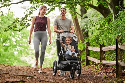 Family strolling with RIDGE